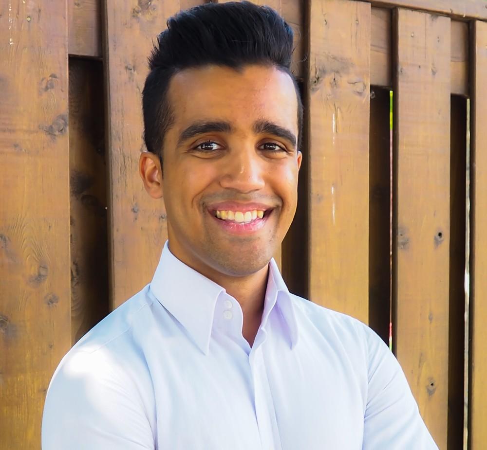 Dr. Kyle Etwaroo, Chiropractorat One Health Services in Etobicoke